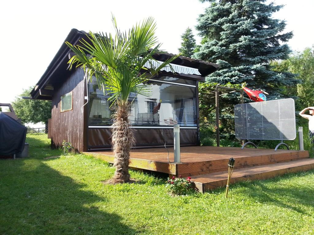 pavillon im garten rollfenster. Black Bedroom Furniture Sets. Home Design Ideas